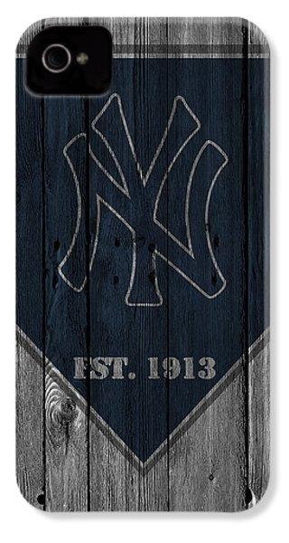 New York Yankees IPhone 4 / 4s Case by Joe Hamilton