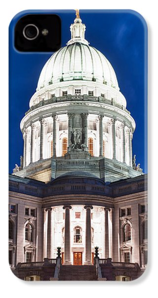 Wisconsin State Capitol Building At Night IPhone 4 / 4s Case by Sebastian Musial