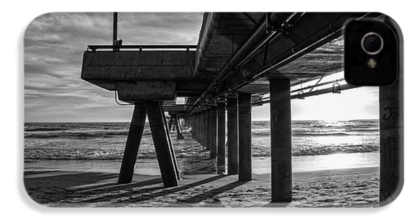 An Evening At Venice Beach Pier IPhone 4 / 4s Case by Ana V Ramirez
