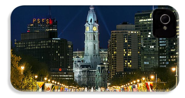 Ben Franklin Parkway And City Hall IPhone 4 / 4s Case by John Greim