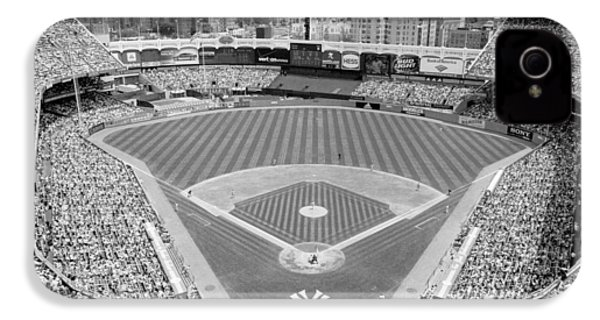 Black And White Yankee Stadium IPhone 4 / 4s Case by Horsch Gallery