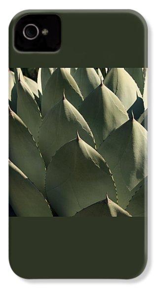Blue Aloe IPhone 4 / 4s Case by Ellen Henneke