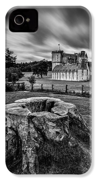 Castle Fraser IPhone 4 / 4s Case by Dave Bowman