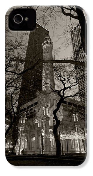 Chicago Water Tower B W IPhone 4 / 4s Case by Steve Gadomski