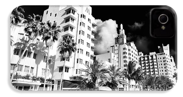 Collins Avenue IPhone 4 / 4s Case by John Rizzuto