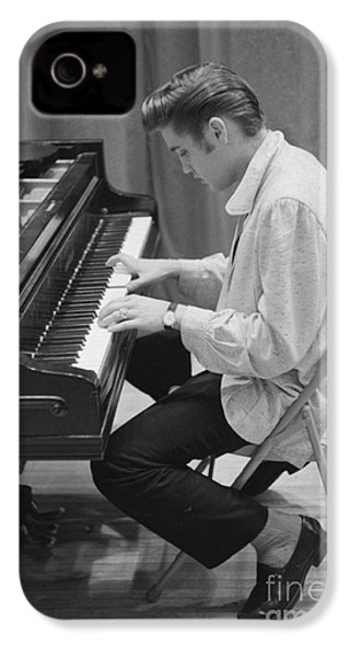 Elvis Presley On Piano While Waiting For A Show To Start 1956 IPhone 4 / 4s Case by The Phillip Harrington Collection