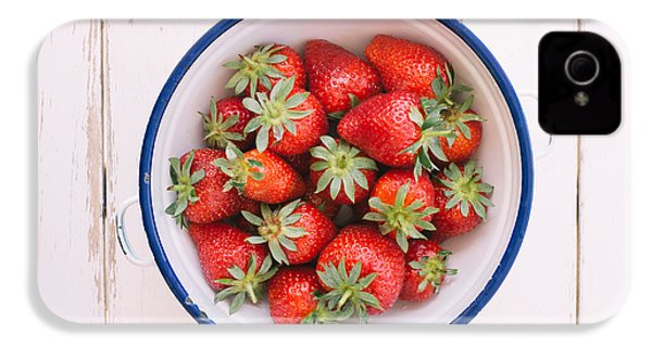 Fresh Strawberries  IPhone 4 / 4s Case by Viktor Pravdica
