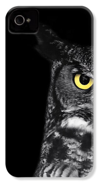 Great Horned Owl Photo IPhone 4 / 4s Case by Stephanie McDowell