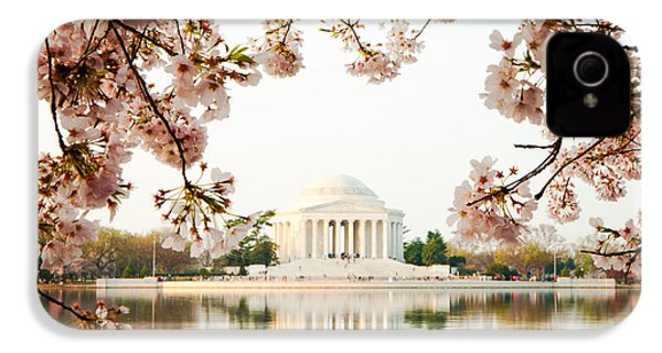 Jefferson Memorial With Reflection And Cherry Blossoms IPhone 4 / 4s Case by Susan Schmitz