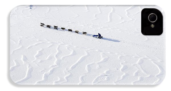 John Bakers Team Running Down Frozen Yukon River  IPhone 4 / 4s Case by Jeff Schultz