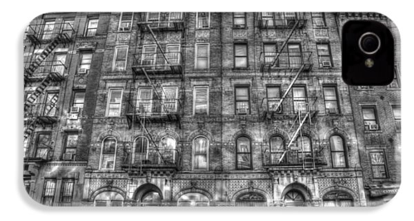 Led Zeppelin Physical Graffiti Building In Black And White IPhone 4 / 4s Case by Randy Aveille
