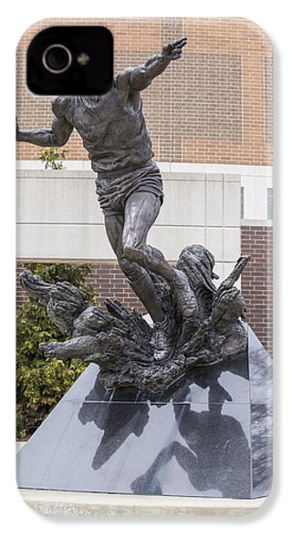 Magic Johnson Statue At Breslin  IPhone 4 / 4s Case by John McGraw