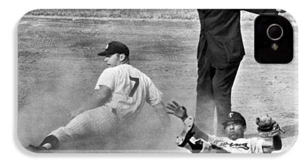 Mickey Mantle Steals Second IPhone 4 / 4s Case by Underwood Archives