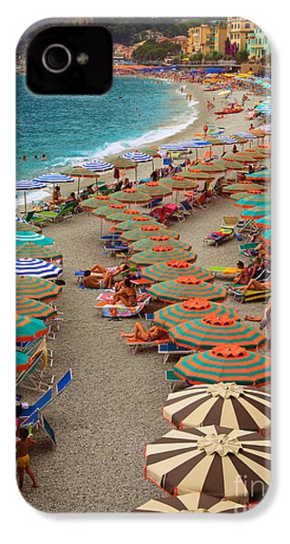 Monterosso Beach IPhone 4 / 4s Case by Inge Johnsson