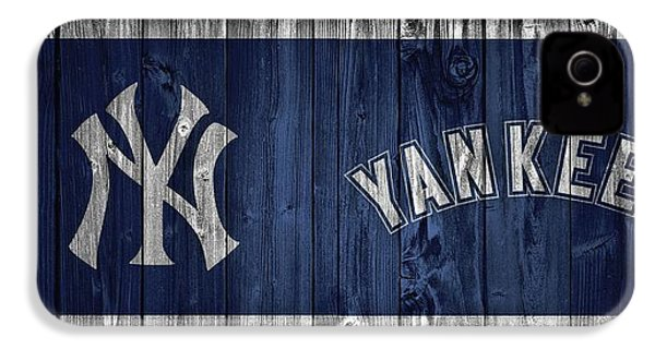 New York Yankees Barn Door IPhone 4 / 4s Case by Dan Sproul