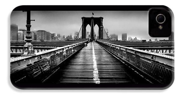 Path To The Big Apple IPhone 4 / 4s Case by Az Jackson