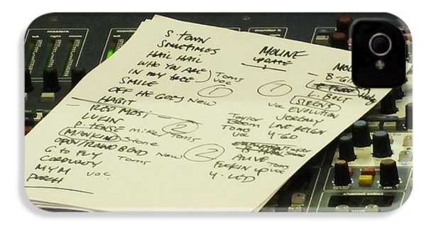 Pearl Jam Set List- Moline IPhone 4 / 4s Case by Gary Koett