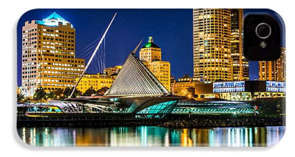 Picture Of Milwaukee Skyline At Night IPhone 4 / 4s Case by Paul Velgos