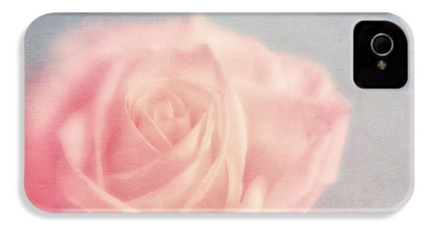 pink moments I IPhone 4 / 4s Case by Priska Wettstein