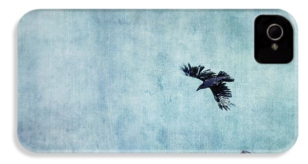 Ravens Flight IPhone 4 / 4s Case by Priska Wettstein