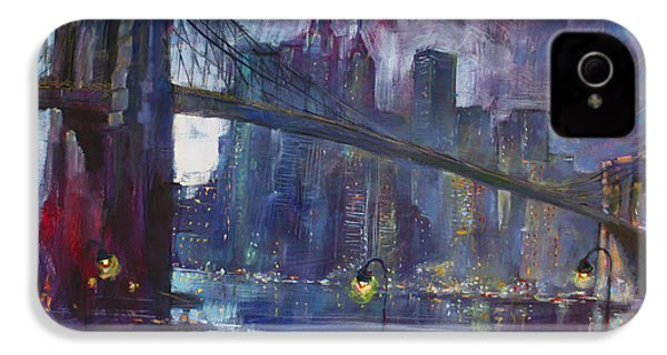 Romance By East River Nyc IPhone 4 / 4s Case by Ylli Haruni