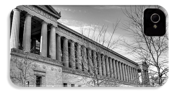 Soldier Field In Black And White IPhone 4 / 4s Case by David Bearden
