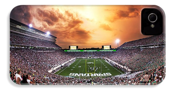 Spartan Stadium IPhone 4 / 4s Case by Rey Del Rio