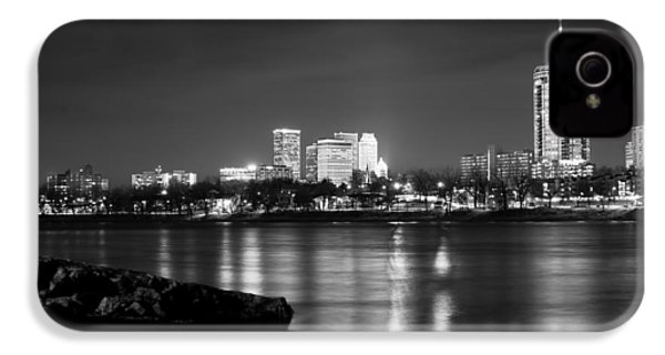 Tulsa In Black And White - University Tower View IPhone 4 / 4s Case by Gregory Ballos