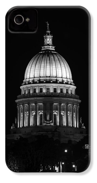 Wisconsin State Capitol Building At Night Black And White IPhone 4 / 4s Case by Sebastian Musial