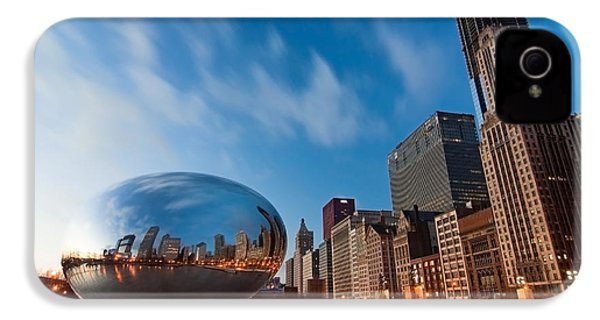 Chicago Skyline And Bean At Sunrise IPhone 4 / 4s Case by Sven Brogren