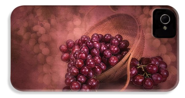 Grapes In Wicker Basket IPhone 4 / 4s Case by Tom Mc Nemar