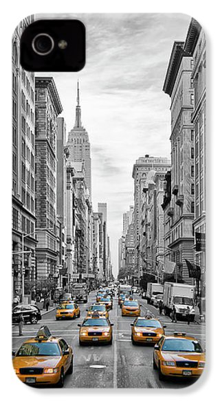 5th Avenue Yellow Cabs - Nyc IPhone 4 / 4s Case by Melanie Viola