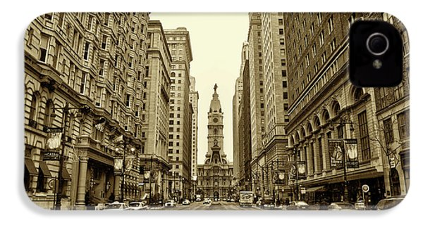 Broad Street Facing Philadelphia City Hall In Sepia IPhone 4 / 4s Case by Bill Cannon