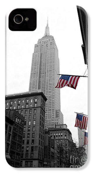 Empire State Building In The Mist IPhone 4 / 4s Case by John Farnan