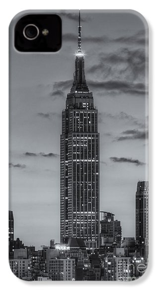 Empire State Building Morning Twilight Iv IPhone 4 / 4s Case by Clarence Holmes