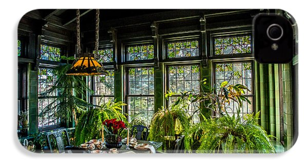 Glensheen Mansion Breakfast Room IPhone 4 / 4s Case by Paul Freidlund