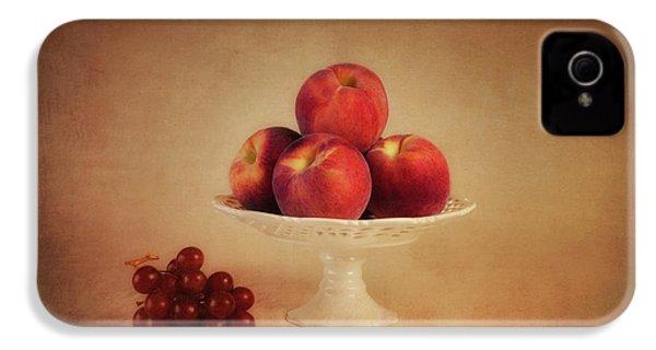 Just Peachy IPhone 4 / 4s Case by Tom Mc Nemar
