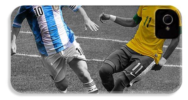 Lionel Messi And Neymar Clash Of The Titans At Metlife Stadium  IPhone 4 / 4s Case by Lee Dos Santos
