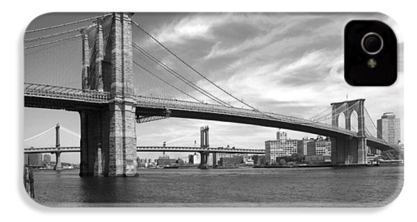 Nyc Brooklyn Bridge IPhone 4 / 4s Case by Mike McGlothlen