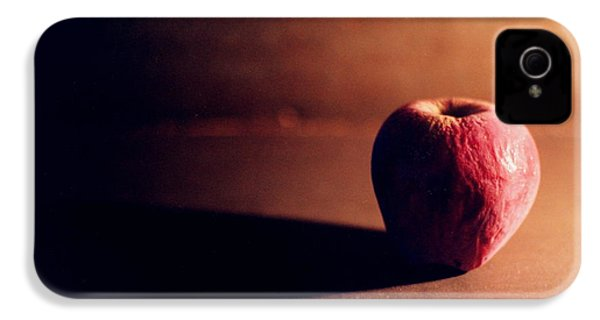 Pruned Apple Still Life IPhone 4 / 4s Case by Michelle Calkins