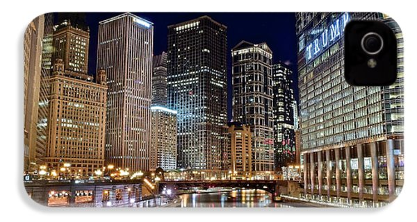 River View Of The Windy City IPhone 4 / 4s Case by Frozen in Time Fine Art Photography