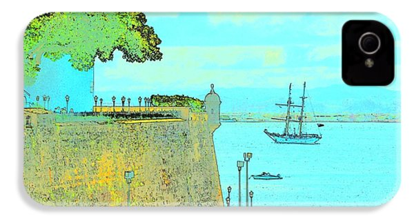 Sail On IPhone 4 / 4s Case by Tito Santiago