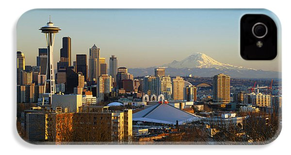 Seattle Cityscape IPhone 4 / 4s Case by Greg Vaughn - Printscapes