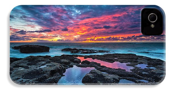 Serene Sunset IPhone 4 / 4s Case by Robert Bynum