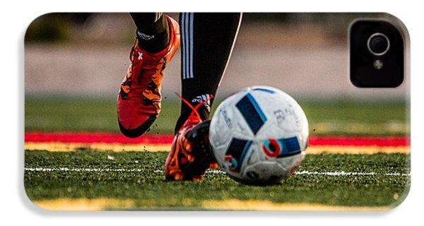 Soccer IPhone 4 / 4s Case by Hyuntae Kim