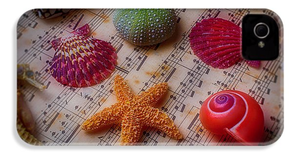 Starfish On Sheet Music IPhone 4 / 4s Case by Garry Gay