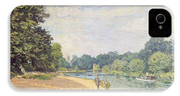 The Thames With Hampton Church IPhone 4 / 4s Case by Alfred Sisley
