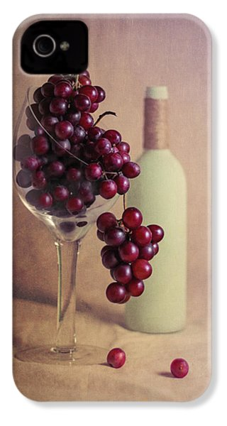 Wine On The Vine IPhone 4 / 4s Case by Tom Mc Nemar
