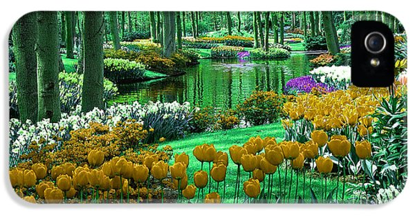 Flower Garden Of Love IPhone 5 / 5s Case by Marvin Blaine