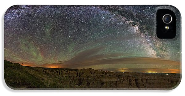 Scary iPhone 5 Cases -  Pinnacles Overlook at Night iPhone 5 Case by Aaron J Groen